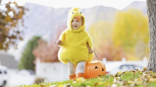 Страшная сила: как подобрать костюмы на Хэллоуин